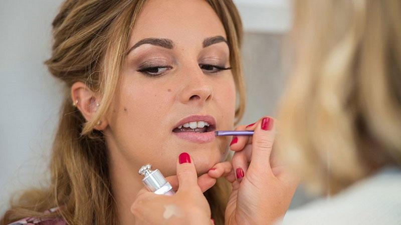 عوارض و خطرات آرایش