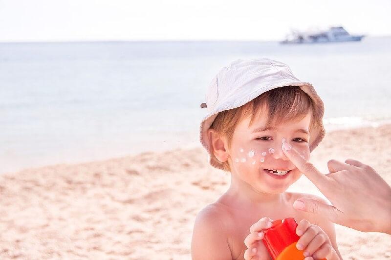 کرم ضد آفتاب مخصوص کودکان
