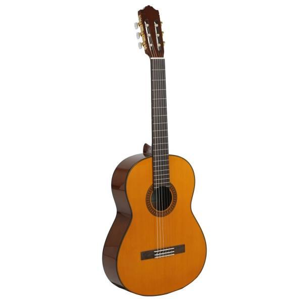 گیتار کلاسیک یاماها مدل C80 همراه با سافت کی