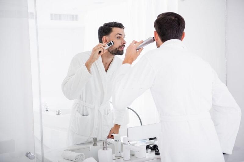 استفاده ریش تراش