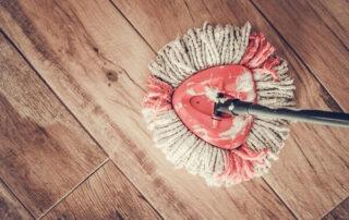 سطل و زمین شوی