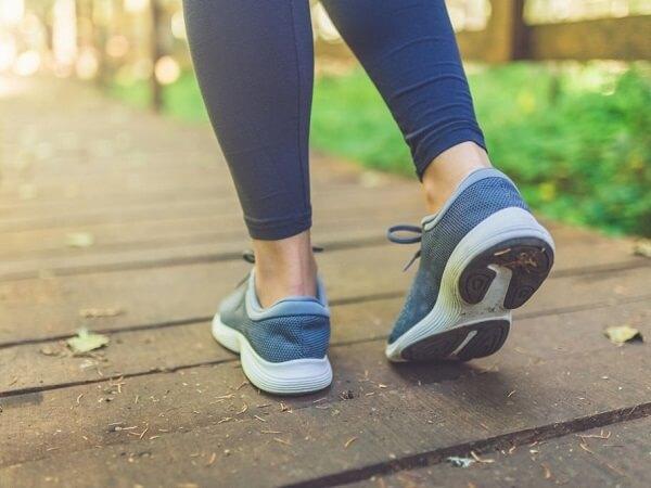 کفش مخصوص پیاده روی زنانه