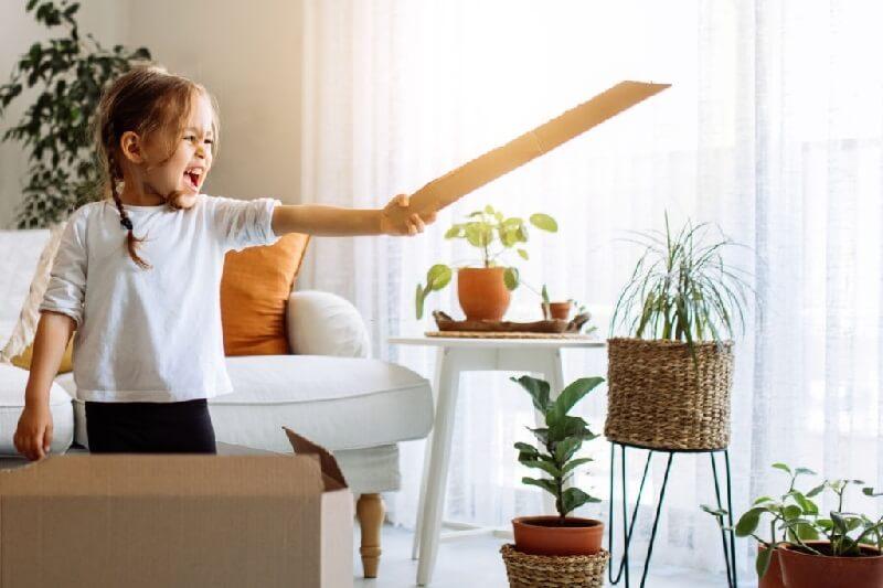 فواید شمشیر اسباب بازی در کودکان